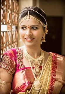 #Bridal #make-up should look like the best version of yourself, so you feel confident, radiant and glowing. I like as little foundation as you can get away with – many brides mistakenly think they need more – but extra definition on the eyes, a slightly deeper lip colour and more blush is good as you are being photographed. You will also need a small touch-up kit so you can make the look last all day and night.