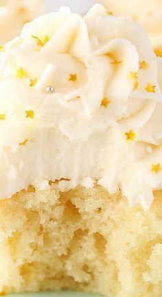 Moist Vanilla Cupcakes #Moistvanillacake