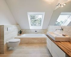 Umbau haus s, ratingen moderne häuser von philip kistner fotografie modern Ensuite Bathrooms, Attic Bathroom, Bathroom Renovations, Bathroom Interior, House Renovations, Narrow Bathroom, Modern Bathrooms, Loft Room, Attic Renovation