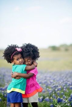 sweet kids with gorgous afro hair! Cabello Afro Natural, Pelo Natural, Beautiful Children, Beautiful Babies, Beautiful Moments, Curly Hair Styles, Natural Hair Styles, Pelo Afro, My Black Is Beautiful