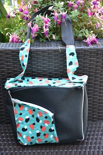 CheRRy's World: Yawning Bag - eine coole Tasche mit coolen Design :)