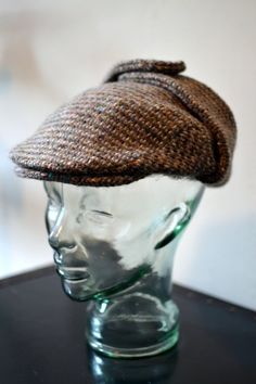 29166e7b79f Vtg. HANNA HATS of Donegal Ireland for J. Peterman Brown Donegal Tweed  Atomic Flecked Wool Flat Cap w. Tweed Brim Size M Medium
