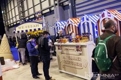 Traditional Beach Hut (Blue & White) | Seaside Theme party | Seaside Theme | Event Prop Hire