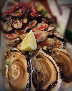 Occorre dire qualcosa? #lamantagnata festeggia i #sapori del #mare come Dio li ha creati  #salentoexperience #salentofood #melendugno #weareinpuglia #salentoesoncontento