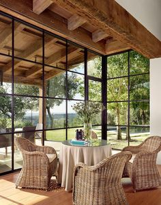 Stratford Mountain by Ryan Street & Associates | Home Adore