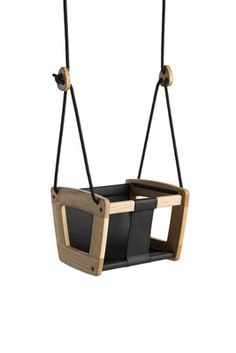 Lillagunga Toddler is a beautiful, carefully designed and safe baby swing for the youngest children in the family. Hand made leather seat and ropes in various colours make Lillagunga Toddler a stylish design element for every home. Wooden Baby Swing, Wooden Swings, Kids Woodworking Projects, Wood Projects, Diy Swing, Baby Swings, Wood Working For Beginners, Swinging Chair, Baby Kind