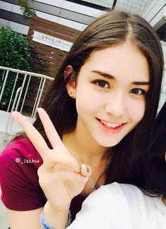 Your number one Asian Entertainment community forum! Jeon Somi, Korean Beauty, Asian Beauty, Korean Girl, Asian Girl, Asian Celebrities, Girl Day, Stylish Girl, Kpop Girls