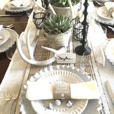 Merry Christmas and welcome! Thank you, Jenny atEvolution of Stylefor allowing me to be a part of this fun, enthusiastic and sweet 12 Days of Christmas Home Tour. Two years ago, when we moved from our home in Newport Beach to our 1920's apartment in San Francisco, I had to...Read More »