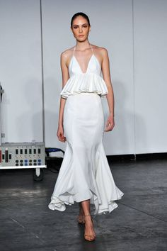 24 looks from the Spring 2015 runway that would look great on any bride: