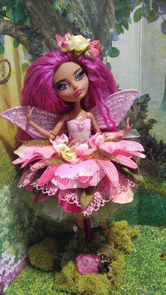 Custom Ever After High Fairy Ballerina Doll Ginger Breadhouse Lizzie Hearts, Ballerina Doll, Monster High Custom, Unique Toys, Ever After High, Doll Stands, Doll Repaint, Monster High Dolls, Fairy Dolls