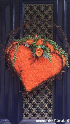 Hart voor #Oranje, op verzoek nog een keertje... http://www.bissfloral.nl/blog/2013/04/24/hart-voor-oranje-op-verzoek-nog-een-keertje/