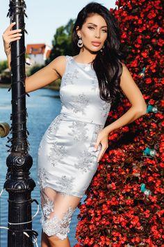 Descopera Rochie baby-doll rosie Rn produs in atelierul Atmosphere Fashion, brand de croitorie din Romania.