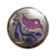 Deze paloma, of duif, staat afgebeeld met een olijftak. Hiermee symboliseert hij vrede en verzoening.