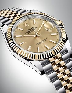 The new Rolex Datejust 41 in yellow Rolesor with a champagne-colour dial and a Jubilee bracelet.