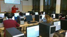 Proyecto Lanzadera @lanzaderaccv #compostelaenruta algunos profesores también se apuntan a la práctica con scratch