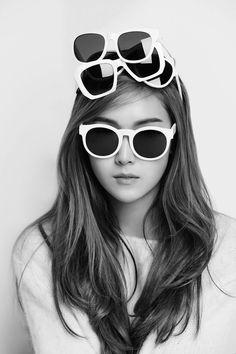[CF] Jessica Jung – Blanc & Eclare Que buena foto! Magazine Cosmopolitan, Instyle Magazine, Kpop Girl Groups, Korean Girl Groups, Kpop Girls, Jessica & Krystal, Krystal Jung, Jessica Girls Generation, Blanc And Eclare