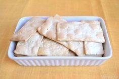 Come fare il lievito madre, preparare il lievito madre - Misya.info Crackers, Homemade Pasta, Dairy, Cheese, Recipes, Food, Breads, Blanket, Kitchen