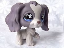 Littlest Pet Shop LPS Purple Cocker Spaniel Dog Blue Flower Eyes (2006) #672
