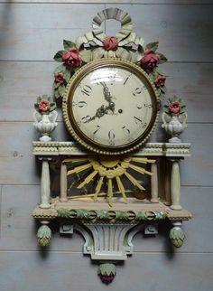 Antique Clocks, Objet D'art, Display, Wall, Home Decor, Clocks, Antique Mantel Clocks, Painted Wood, Antique Shops
