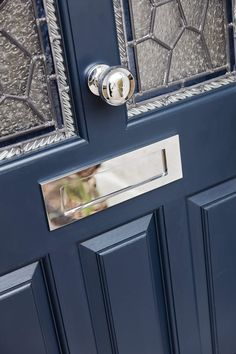 The design and colours of this door are enhanced further by beautifully crafted door furniture in an authentic design with a contemporary finish.