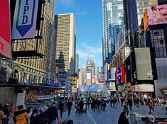 Times Square is for me the main tourist spot in Manhattan. No matter what time of day it is, it's always live and vibrant. High rise buil...