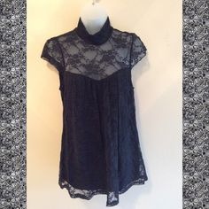Really cute lace top This top is adorable. You can dress it up or dress it down Rue 21 Tops Tees - Short Sleeve