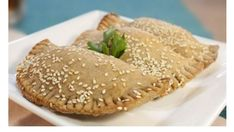 Empanadas, Pasta, Salmon Burgers, Bagel, Finger Foods, Food And Drink, Low Carb, Gluten, Healthy Recipes