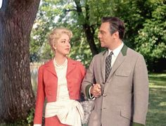 Baroness Schraeder's suit, The Sound of Music- Love this and want one!