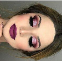 Pretty Winter Makeup Ideas Hübsche 30 + Winter Make-up Ideen Glam Makeup, Purple Makeup, Eyeshadow Makeup, Hair Makeup, Eyeshadows, Pink Eyeshadow, Gorgeous Makeup, Love Makeup, Makeup Inspo