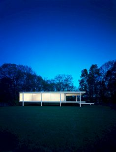 Cool 60 Stunning Architecture Design by Mies Van Der Rohe https://freshouz.com/60-stunning-architecture-design-mies-van-der-rohe/