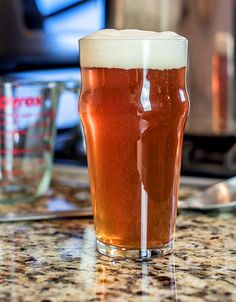 Victory and Chaos from John Palmer's How to Brew is an example of an English… Brewing Recipes, Homebrew Recipes, Beer Recipes, Bock Beer Recipe, Ale Recipe, Home Brewing Beer, How To Make Beer, Best Beer, Craft Beer