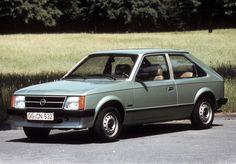 Higher resolution Opel Kadett 3-door (D) 1979–84 pictures