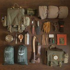 Best bushcraft techniques that all survival fanatics will most likely desire to learn now. This is essentials for bushcraft survival and will certainly save your life. Bushcraft Kit, Bushcraft Projects, Bushcraft Backpack, Bushcraft Skills, Bushcraft Camping, Camping Survival, Outdoor Survival, Survival Guide, Survival Gear