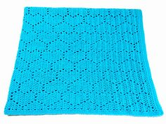 This is a blanket with a fun tessellating heart pattern. This pattern includes written directions in US terms, a crochet symbol chart, and a colored diagram. You can make this blanket in any size. Crotchet Blanket, Crochet Heart Blanket, Crochet Blanket Patterns, Crochet Stitches, Crochet Baby, Crochet Crafts, Crochet Projects, Diy Crafts, Crochet Symbols