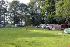 www.lesvalignards.fr/camping.html  Kleine camping, overzichtelijk, vriendelijke mensen.