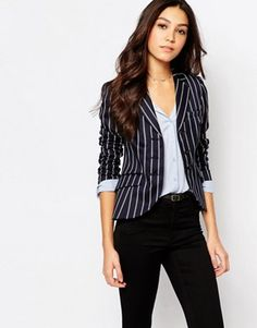 Best Chosen Black And White Striped Blazer Outfits Designs For Trending Women - Page 44 of 50 - Marble Kim Design Striped Blazer Outfit, Striped Jacket, Blazer Outfits, Blazer Fashion, Fashion Outfits, Work Outfits, Stylish Outfits, Jackett, Blazers For Women