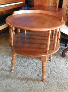 Heywood Wakefield Round 2 Tier Maple Side Table (T173)