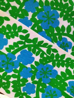 60s decorative vintage Swedish table cloth. Scandinavian pattern with retro flowers. Great condition.