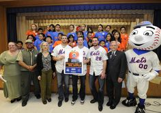 The New York Mets Give Back // Mets players visit a school in NYC to help fight hunger!