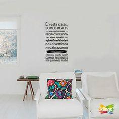 EN ESTA CASA SOMOS REALES...Vinilos Decorativo Frase. WALL STICKER DECOR