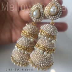 Gold Jewelry In China Indian Jewelry Earrings, Jewelry Design Earrings, Indian Wedding Jewelry, India Jewelry, Bridal Jewelry, Beaded Jewelry, Handmade Jewelry, Jhumki Earrings, Gold Jewellery