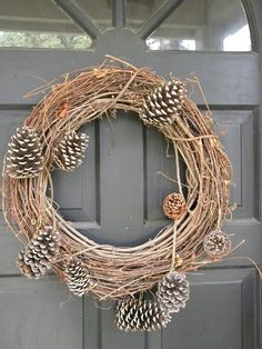 Simple and pretty for anytime in winter. I can add some white leaves Christmas Time, Christmas Wreaths, Christmas Decorations, Winter Wreaths, Seasonal Decor, Holiday Decor, Pine Cone Crafts, White Leaf, Winter Time