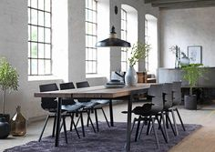 Weekly sales of unseen design and decoration brands at exclusive discounts. Design Shop, Aspen, Dining Table Online, Loft, Chair Bench, Elegant Dining, Extendable Dining Table, Home Living, Table And Chairs