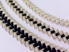 HalfTila sets (plus earrings) beading TUTORIAL - Halftila bileklik yapımı - Jewelry Beaded Necklace Patterns, Beaded Bracelets Tutorial, Seed Bead Patterns, Seed Bead Bracelets, Seed Bead Jewelry, Beading Patterns, Beaded Earrings, Seed Beads, Beads Tutorial