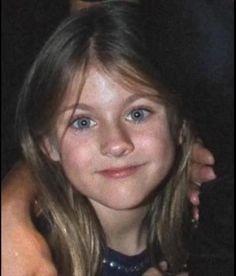 young Frances Bean Cobain
