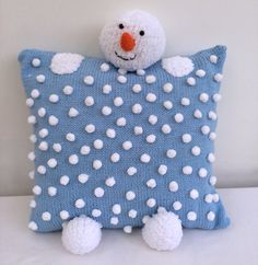 Snowman Christmas Cushion by theknittingbusiness on Etsy