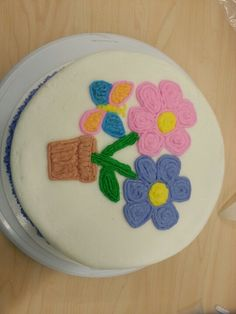 Cake with daisy flowers 1