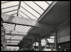 Jan Kamman, Interieur van een opslagloods, Rotterdam (1925-1950)