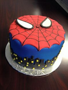 Spiderman cake                                                                                                                                                                                 Plus