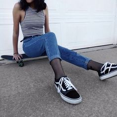 Awesome grunge outfit from @variousxvibes Check her out!